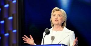 Para la demócrata ahora que se calienta la campaña electoral hacia las elecciones de noviembre, es imperativo cambiar la imagen que muchos tienen de ella